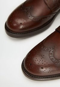 Mango - LEONAPA - Smart lace-ups - mittelbraun - 5