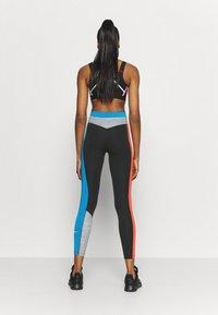 Nike Performance - ONE 7/8 - Medias - black/light photo blue/chile red/black - 2