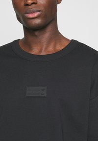 adidas Originals - SILICON CREW UNISEX - Sweatshirts - black - 3