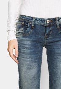LTB - VALERIE - Bootcut jeans - karlia wash - 4