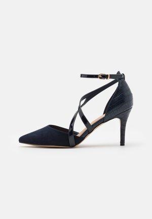 CARRIE - Classic heels - navy