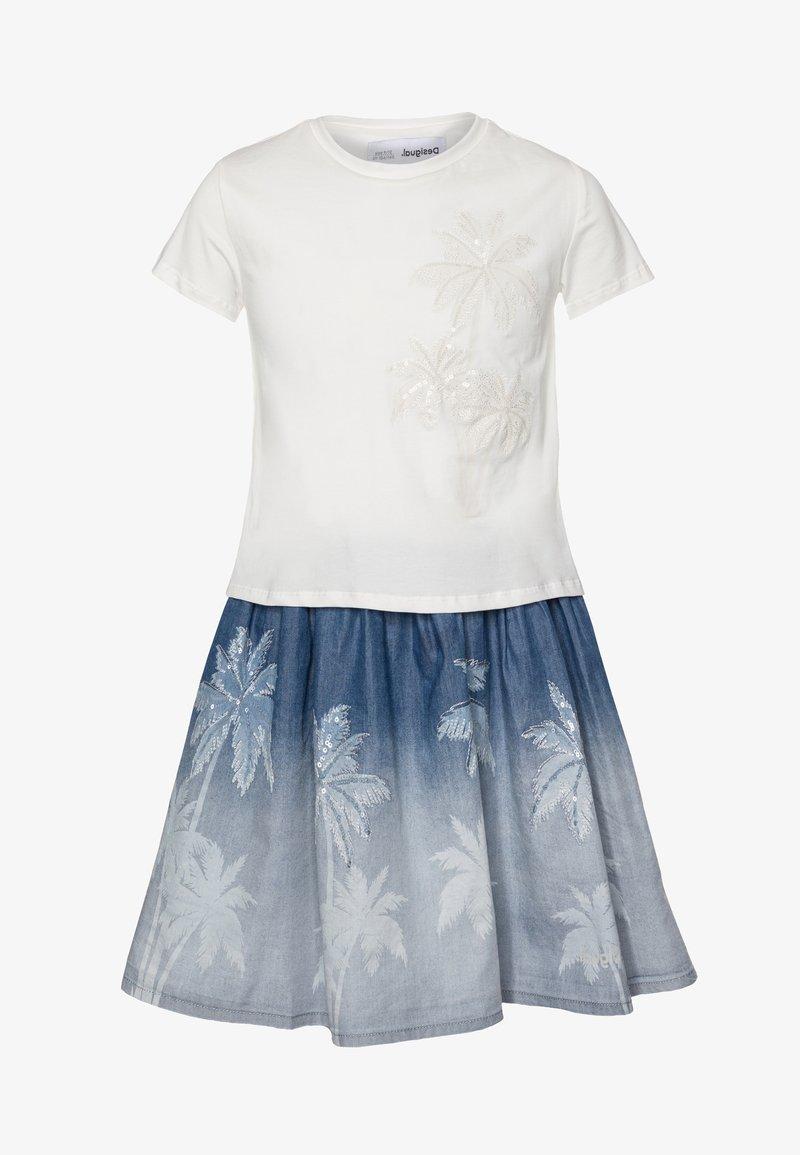 Desigual - VEST MAZATLÁN - Jersey dress - blanco