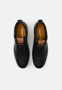 Timberland - KILLINGTON - Casual lace-ups - black - 3