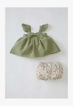 SET - Day dress - khaki