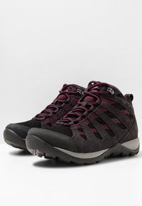 Columbia - REDMOND™ V2 MID WP - Hiking shoes - black, black cherry - 3
