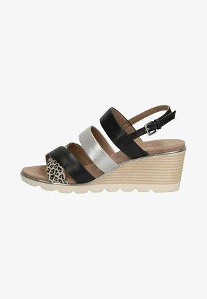 Sandalen met sleehak - leo comb