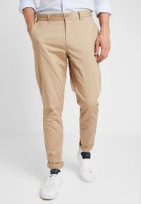 Casual Friday - PANTS PELLE - Chinos - silver mink - 0