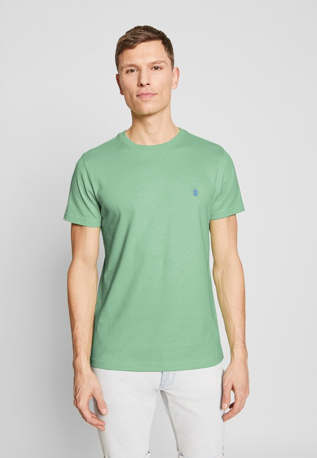 BASIC SOLID TEE - T-Shirt basic - green ash