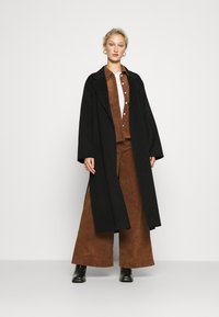 IVY & OAK - BELTED COAT - Classic coat - black - 1