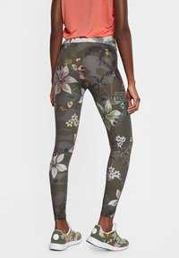 Desigual - Leggingsit - green - 2