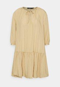 SLAMOLI DRESS - Day dress - warm sand