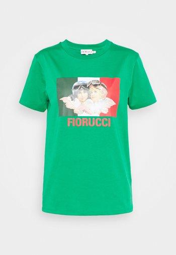 RACING ANGELS TEE - Print T-shirt - green