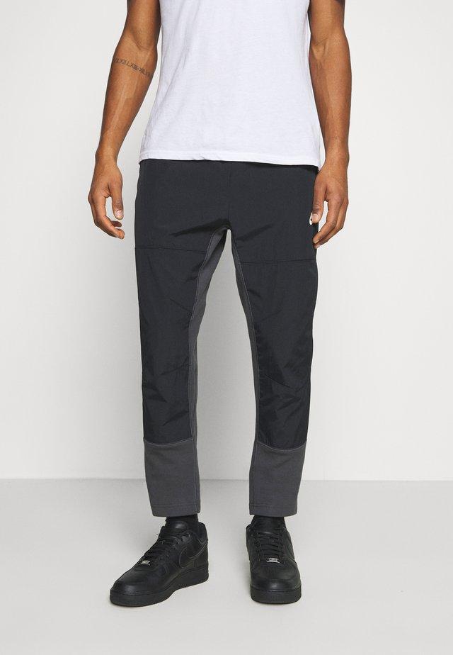 PANT - Tracksuit bottoms - dark smoke grey/black/ice silver/white
