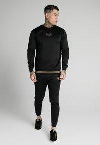 SIKSILK - ELEMENT CREW - Sweater - black/gold - 1