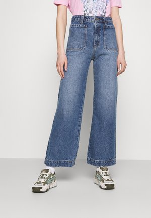 SAILOR - Flared jeans - paris blue