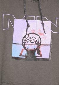 Mennace - NOTHING BUT NET HOODIE - Sweatshirt - grey - 6