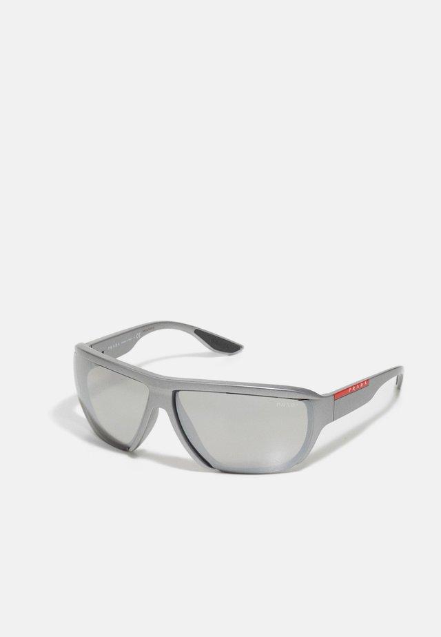 Sunglasses - matte grey