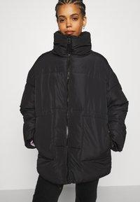 Monki - BEA - Zimní bunda - black dark - 3