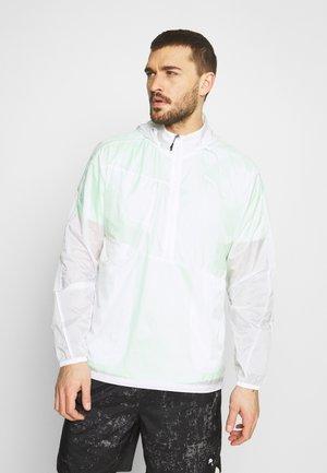 RUN LITE WOVEN JACKET - Sports jacket - white/elektro green