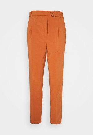 TROUSERS - Spodnie materiałowe - brown