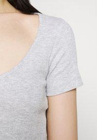 Even&Odd - 3 PACK - Camiseta estampada - black/white/mottled light grey - 6
