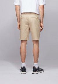 BOSS - LIEM - Shorts - light beige - 2