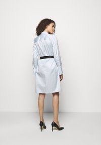 KARL LAGERFELD - CHINTZ SHIRT DRESS - Shirt dress - artic ice - 2