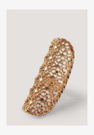 ÜBERGROSSER SHIELD - Ring - gold