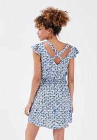 Cache Cache - Korte jurk - bleu clair - 2