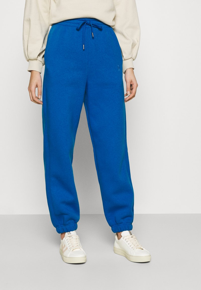 Gestuz - RUBI PANTS - Tracksuit bottoms - french blue