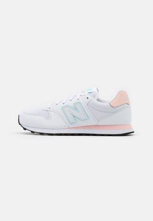 GW500 - Sneaker low - white/rosa