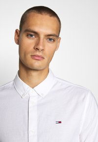 Tommy Jeans - Shirt - white - 3