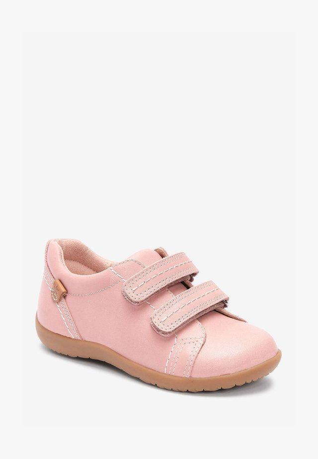 Tenisky - pink
