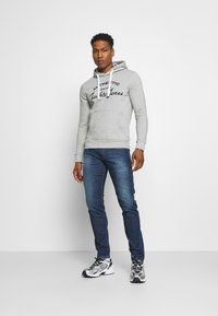 Replay - ANBASS - Slim fit jeans - medium blue - 1