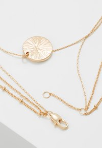 Pieces - PCEIDA COMBI NECKLACE KEY - Necklace - gold-coloured - 2