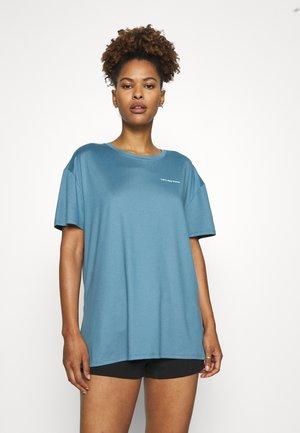 SLEEP TEE - Pyjamasoverdel - blue