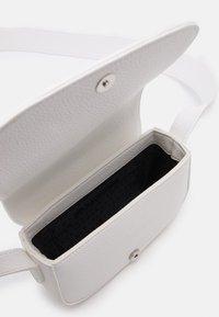 Armani Exchange - SMALL CROSSBODY BAG WOMAN'S CROSS BODY BAG - Across body bag - off white - 2