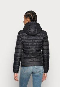 ONLY - ONLTAHOE HOOD JACKET  - Light jacket - black - 2