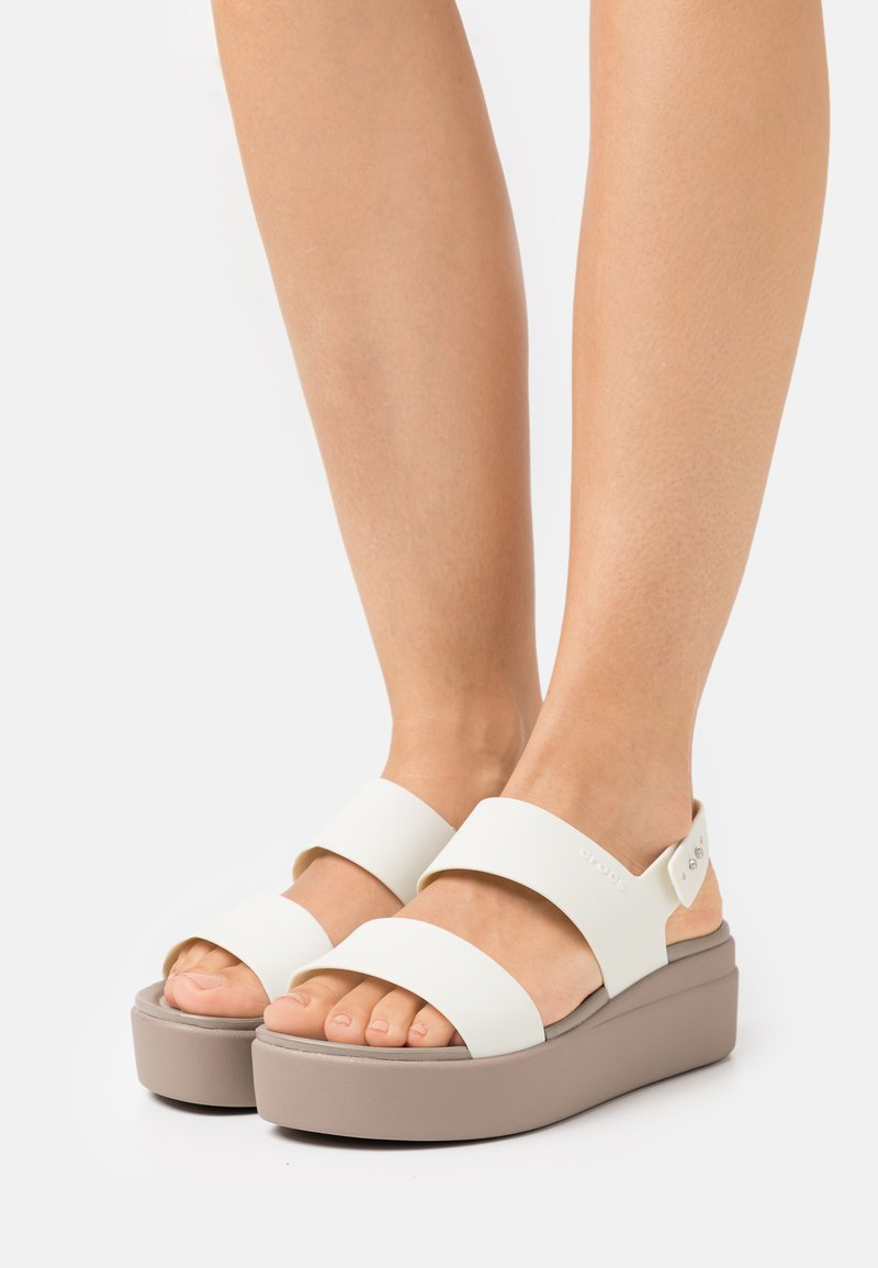 Crocs - BROOKLYN LOW WEDGE - Platform sandals - oyster