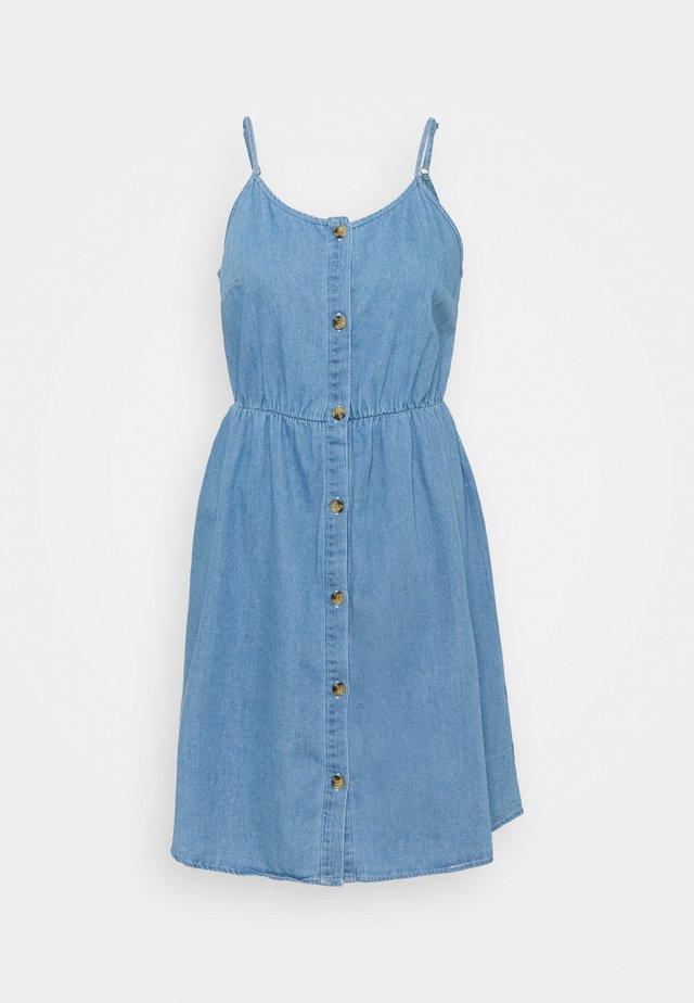 VMFLICKA STRAP SHORT DRESS  - Denim dress - light blue denim