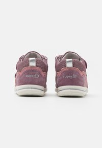 Superfit - AVRILE MINI - Touch-strap shoes - lila/rosa - 2