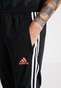 adidas Performance - JUVENTUS TURIN TR PNT - Vereinsmannschaften - black/white - 3