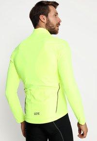 Gore Wear - THERMO  - Fleecová bunda - neon yellow - 2