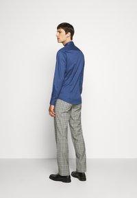 Tiger of Sweden - FILBRODIE - Formal shirt - garage blue - 2
