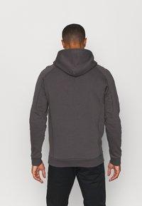 Peak Performance - GROUND HOOD - Sweatshirt - motion grey - 2