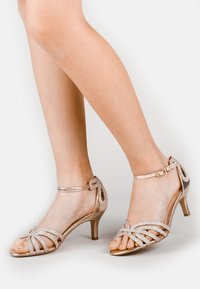 Paradox London Pink - MELBY - Sandals - off-white - 0