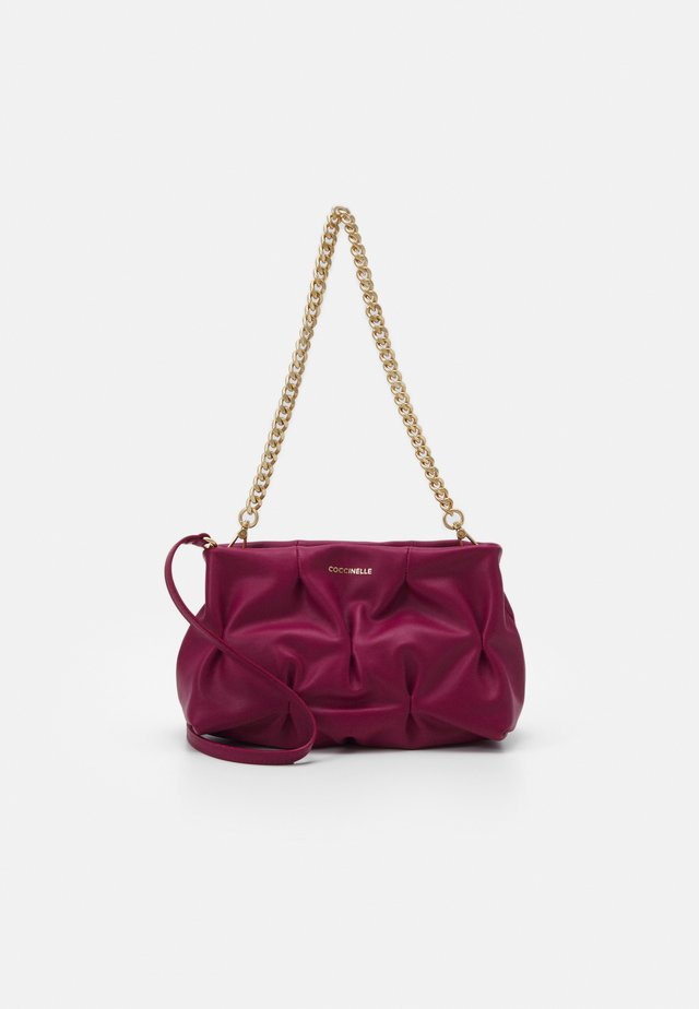 OPHELIE GOODIE SMALL SOFT - Handtas - deep violet