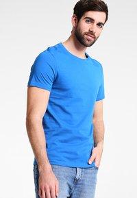 Pier One - T-shirt - bas - royal - 0