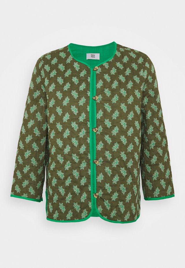 Light jacket - print green
