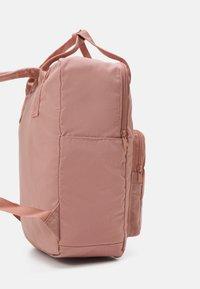 New Look - BACKPACK - Rucksack - pale pink - 3